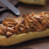 Slow-cooker_orange-bbq_pulled_pork_sandwiches-jpg_4014340