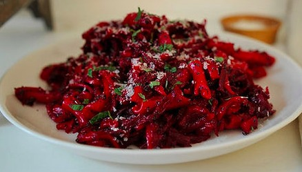 Red Beet Fusilli with Balsamic, Poppy Seeds and Mint of jenn - Recipefy