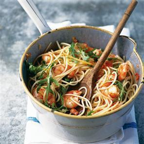 Spaghetti with prawns, lemon, chilli and garlic of paddy sears - Recipefy