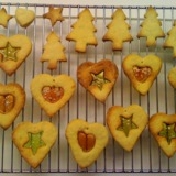 7980533042_stained-glass-biscuits-%7d