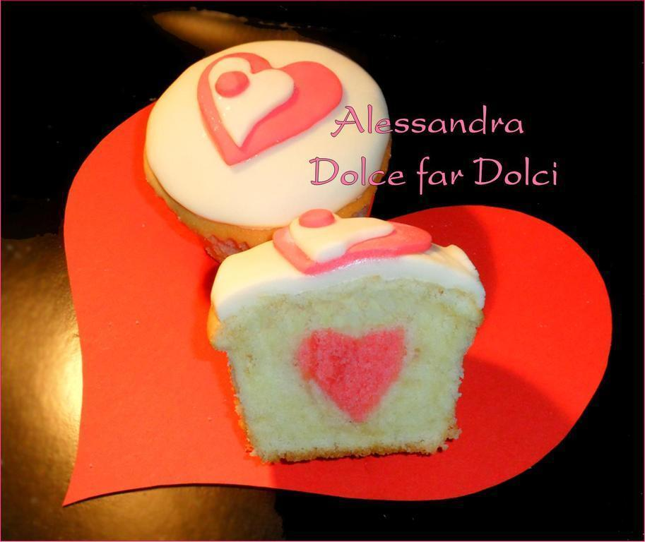HEART INSIDE CUPCAKE of Alessandra Dolce Far Dolci - Recipefy