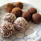 Http-upload-wikimedia-org-wikipedia-commons-9-93-vegan_chocolate_truffles-jpg