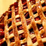 Http-upload-wikimedia-org-wikipedia-commons-thumb-1-1e-strawberry-rhubarb_pie_with_pastry_lattice-_may_2008-jpg-1280px-strawberry-rhubarb_pie_with_pastry_lattice-_may_2008-jpg