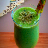 Cucumber-kale-ginger-smoothie-pic1-1-jpg