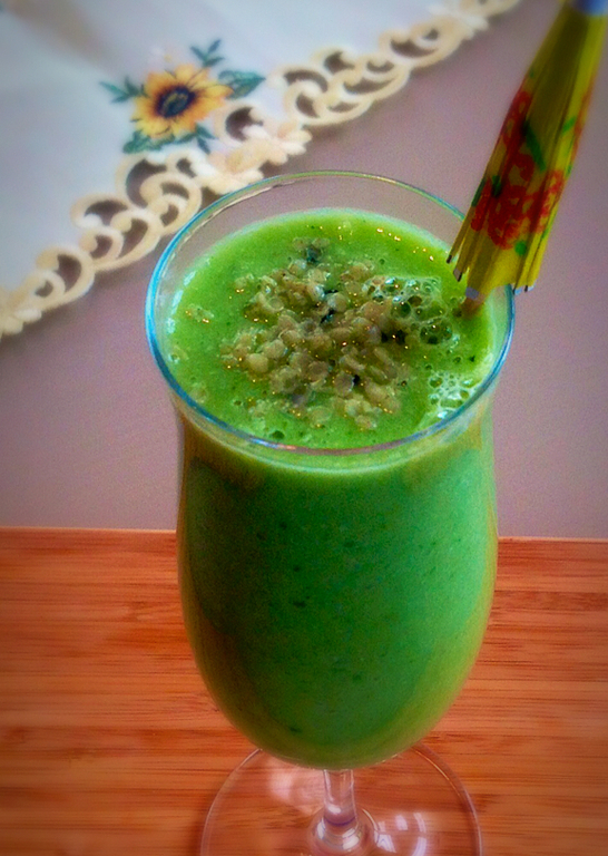 Cucumber Kale Ginger Smoothie of kiipfit - Recipefy