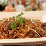 Ginger-poached beef noodles