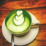 Matcha-latte-almond-milk-recipe-latte-in-a-cup