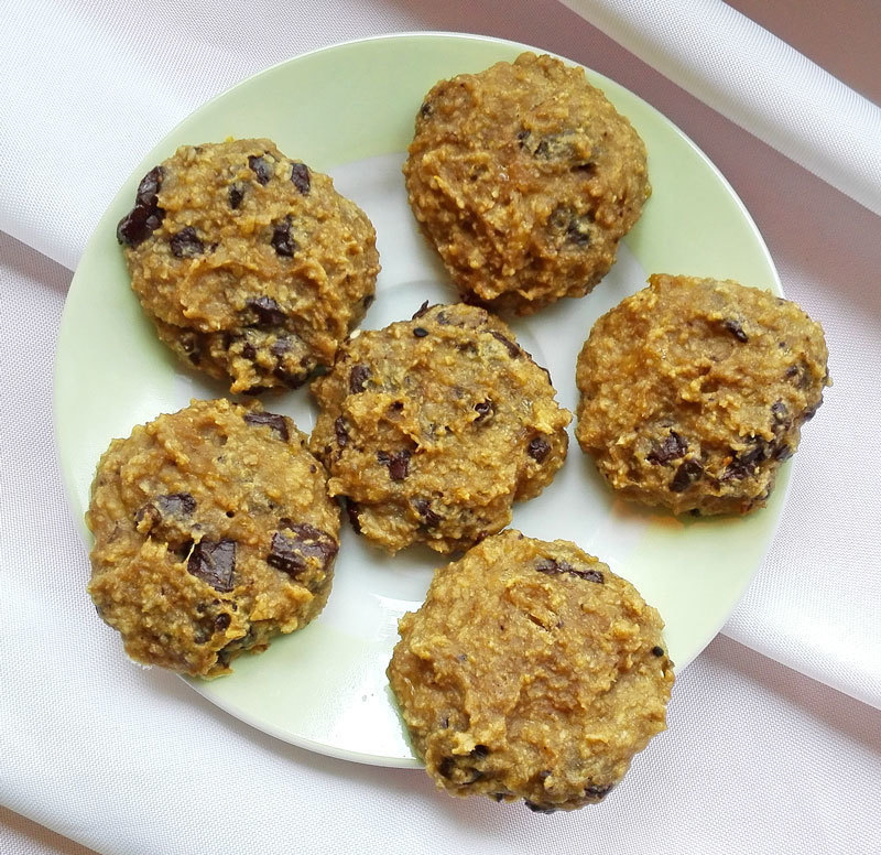 4-Ingredient Banana Peanut Butter Chocolate Chip Cookies of MyHealthyDessert - Recipefy