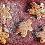 Coconut-gingerbread-cookies