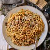 Spaghetti-with-breadcrumbs-7
