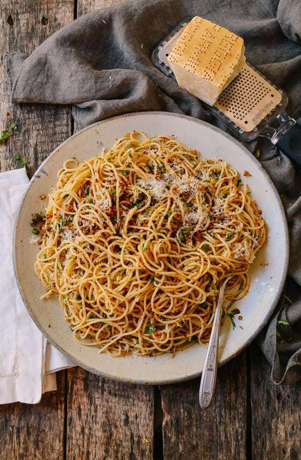 SPAGHETTI WITH BREADCRUMBS & ANCHOVIES of michelle - Recipefy