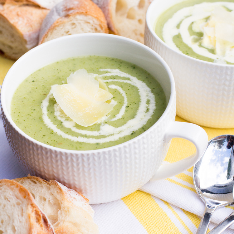 HEALTHY VEGETARIAN ZUCCHINI SOUP of Grab Your Spork - Recipefy
