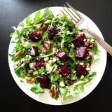Instant-pot-beet-salad-with-arugula-goat-cheese-and-walnuts-image